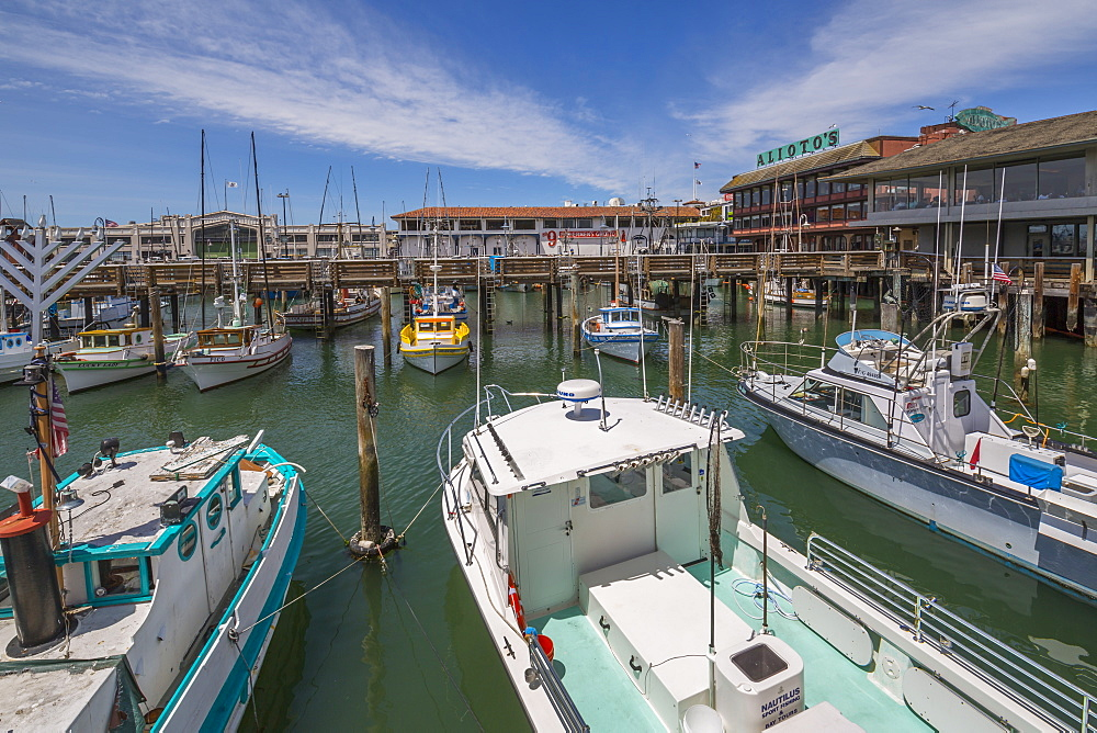 Boats and restaurants in Fishermans Wharf harbour, San Francisco, California, United States of America, North America - 844-16996