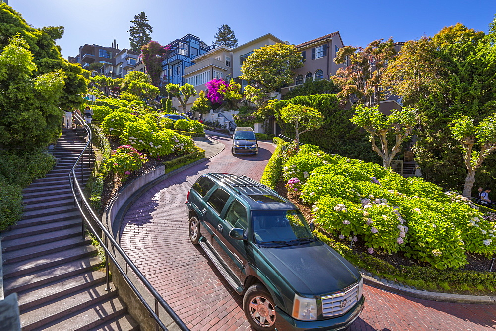 Cars on Lombard Street, San Francisco, California, United States of America, North America