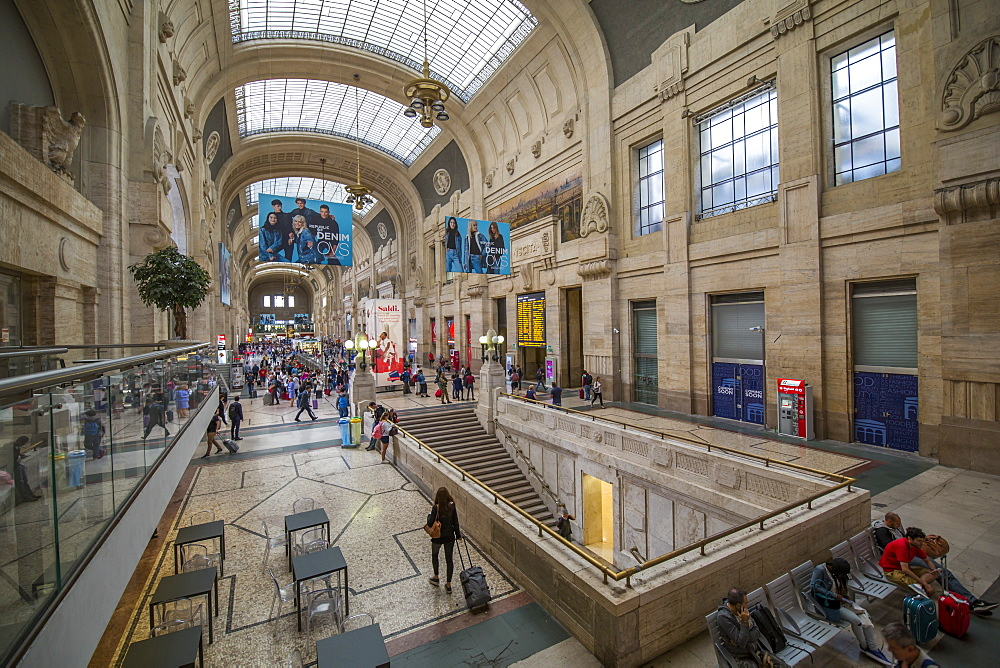 Elevated view of interior of main concourse, Milan Central Station, Milan, Lombardy, Italy, Europe