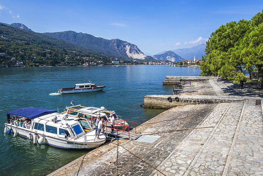 View of Isola dei Pescatori and Lake Maggiore from Isola Bella, Borromean Islands, Lago Maggiore, Piedmont, Italian Lakes, Italy, Europe