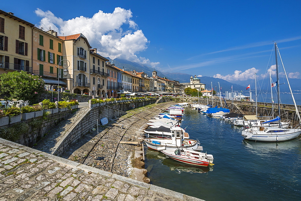 View of harbour in lakeside town of Cannobio and Lake Maggiore, Lake Maggiore, Piedmont, Italy, Europe - 844-17912