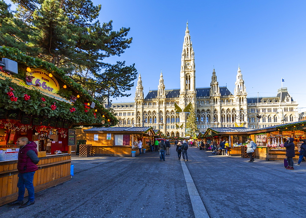 View of Rathaus and Christmas Market in Rathausplatz, Vienna, Austria, Europe