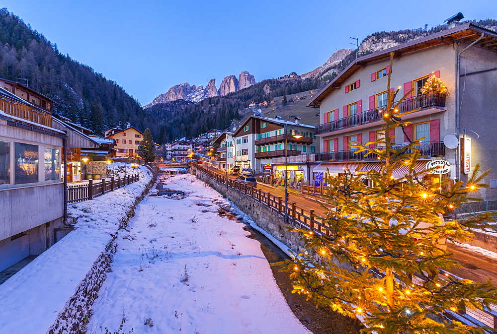View of Campitello di Fassa at Christmas and GrohmannspitzePunta Grohmann visible, Val di Fassa, Trentino, Italy, Europe