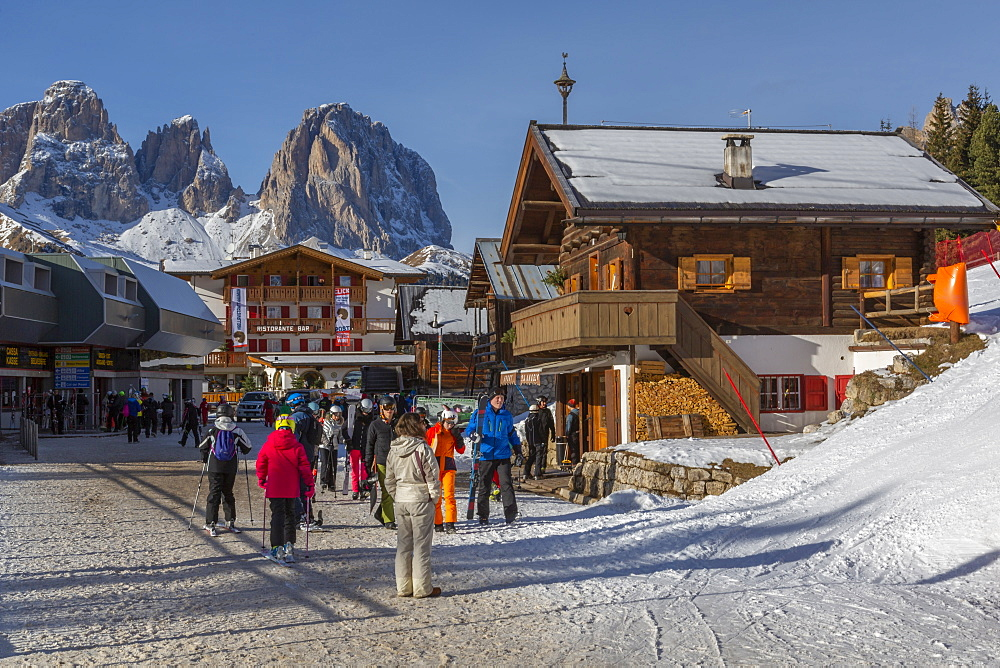 Ski village at Pecol and Grohmannspitze Punta Grohmann in winter, Canazei, Val di Fassa, Trentino, Italy, Europe