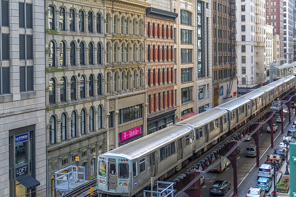 View of Loop Train on North Wabash Avenue, Chicago, Illinois, United States of America, North America