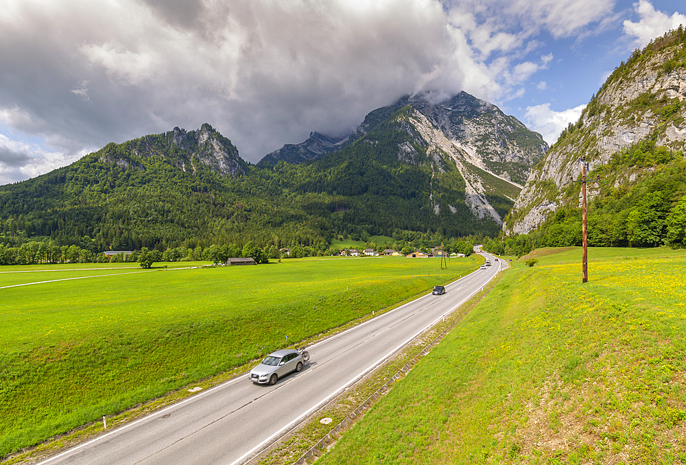 View of road leading into mountains, Unterburg, Styria, Tyrol, Austrian Alps, Austria, Europe