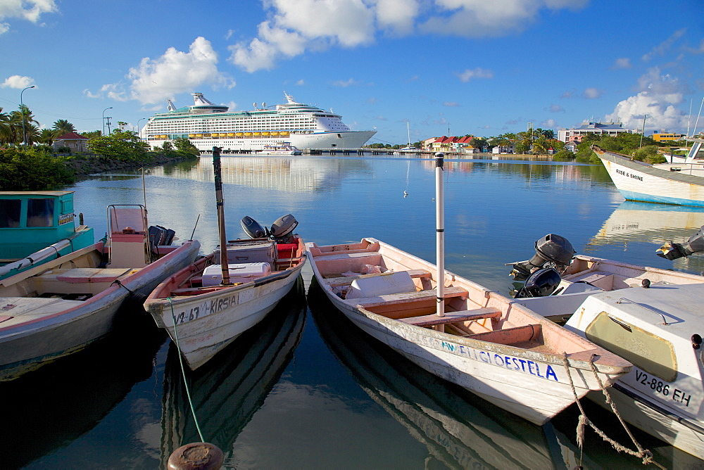 Cruise ship in St. Johns Harbour, St. Johns, Antigua, Leeward Islands, West Indies, Caribbean, Central America