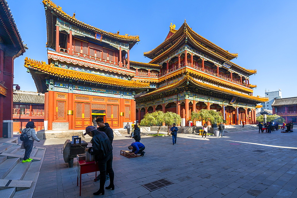 View of Ornate Tibetan Buddhist Lama Temple (Yonghe Temple), Dongcheng, Beijing, People's Republic of China, Asia - 844-21859