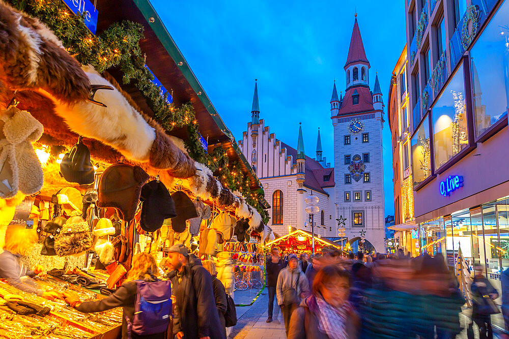 View of Old Town Hall and bustling Christmas Market in Marienplatz at dusk, Munich, Bavaria, Germany, Europe