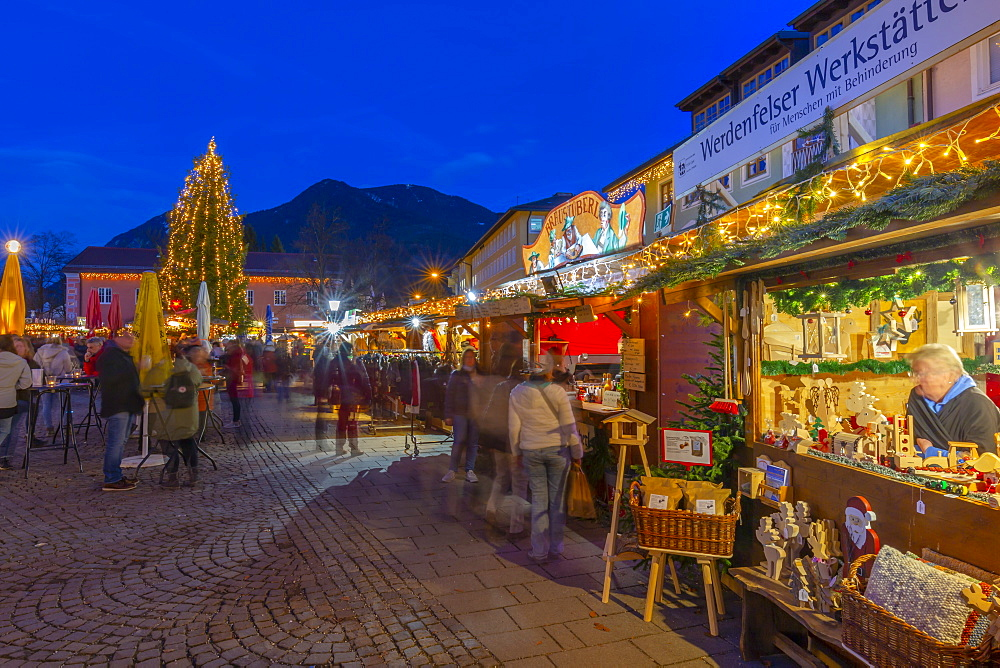 View of Christmas market at dusk, Garmisch-Partenkirchen, Bavaria, Germany, Europe