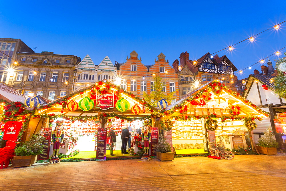 Christmas Market in the Old Town Square, Nottingham, Nottinghamshire, England, United Kingdom, Europe