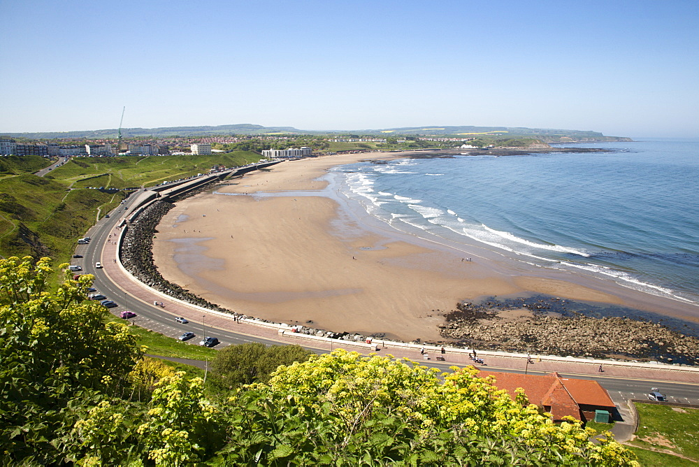 North Sands from the Cliff Top, Scarborough, North Yorkshire, Yorkshire, England, United Kingdom, Europe