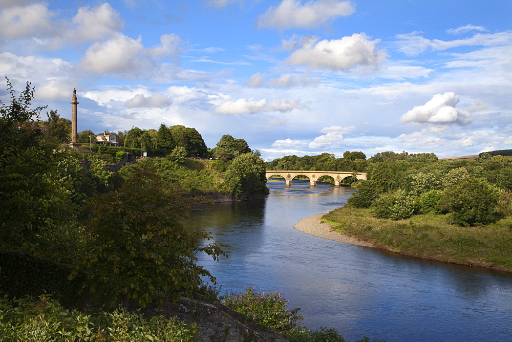 Marjoribanks Monument and Bridge over the River Tweed at Coldstream, Scottish Borders, Scotland, United Kingdom, Europe