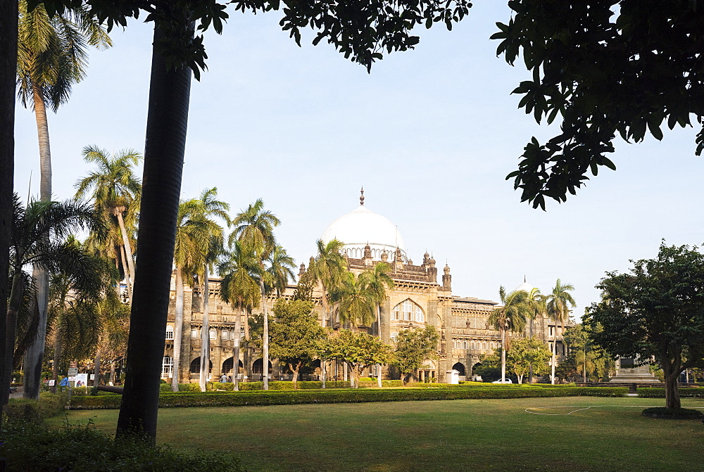Exterior of Prince of Wales museum, Mumbai (Bombay), India, South Asia