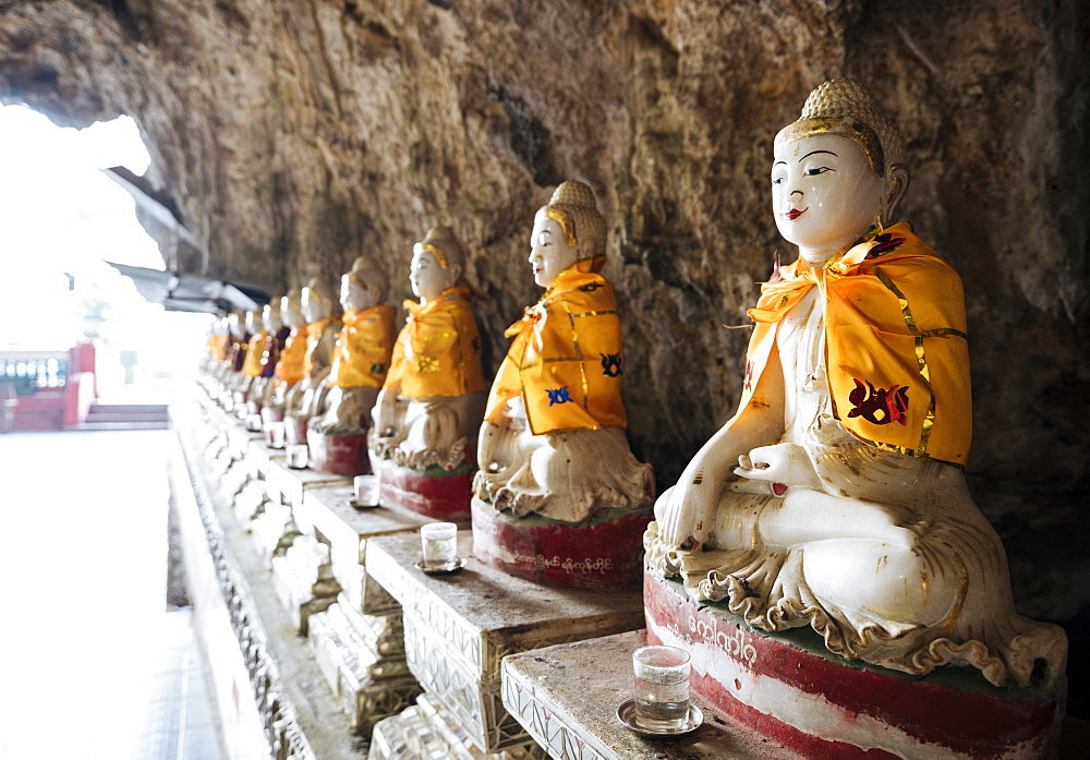 Kaw Ka Thawng Cave, Hpa-an, Kayin State, Myanmar (Burma), Asia - 848-1334