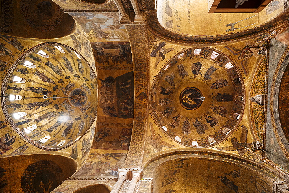Ceiling of St. Mark's Cathedral (Basilica di San Marco), Venice, UNESCO World Heritage Site, Veneto Province, Italy, Europe - 848-1460