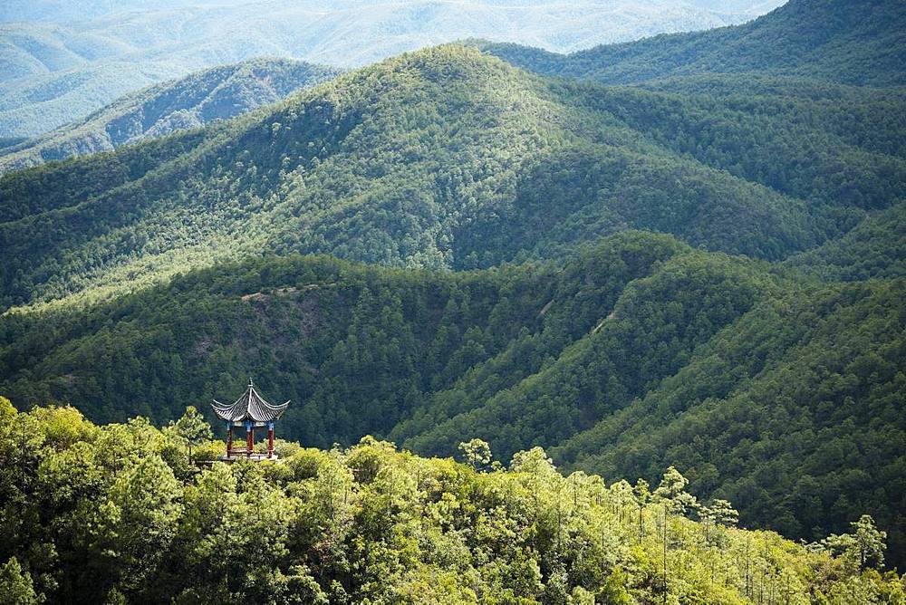 Landscape near Shibaoshan, Shaxi, Yunnan Province, China, Asia
