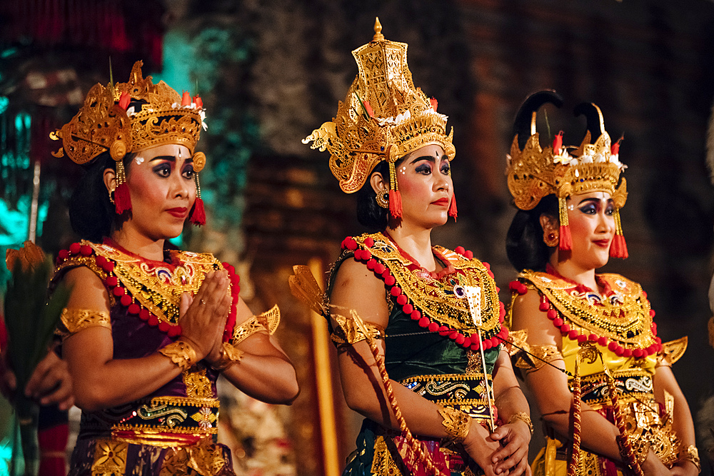 Traditional Balinese Dance Performance, Ubud, Bali, Indonesia, Southeast Asia, Asia - 848-1897