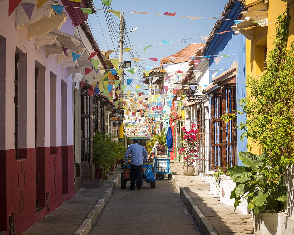 Street scene, Getsemani Barrio, Cartagena, Bolivar Department, Colombia, South America - 848-2108