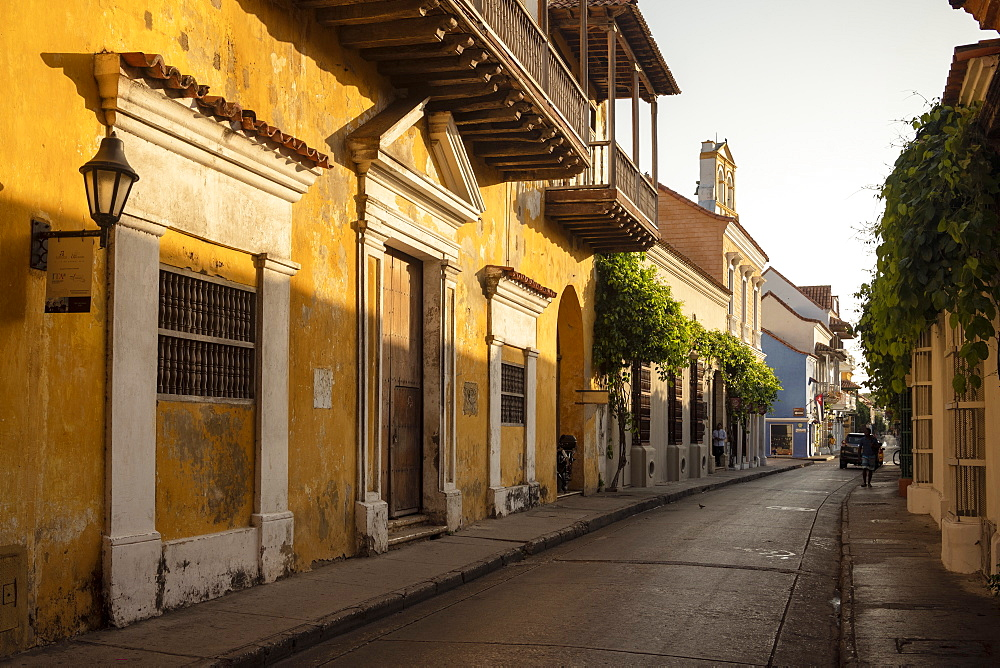 Colonial architecture, Old City, UNESCO World Heritage Site, Cartagena, Bolivar Department, Colombia, South America - 848-2130