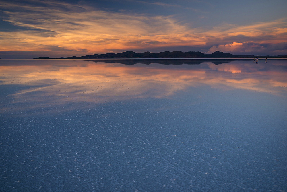 Sunset over the Salar de Uyuni, Southern Altiplano, Bolivia, South America