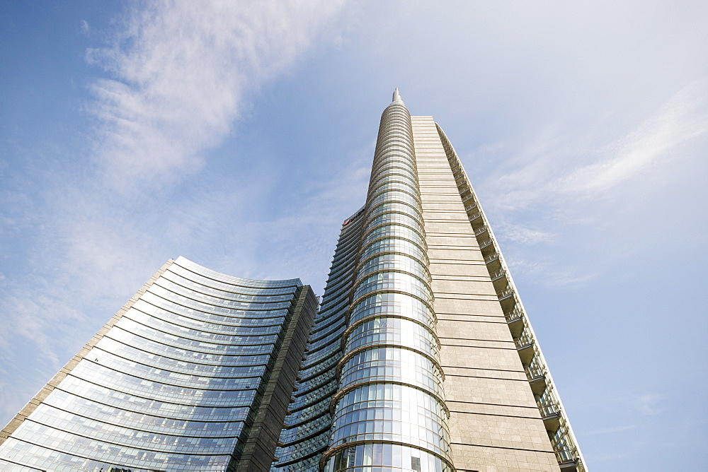 Piazza Gae Aulenti, Milan, Lombardy, Italy, Europe