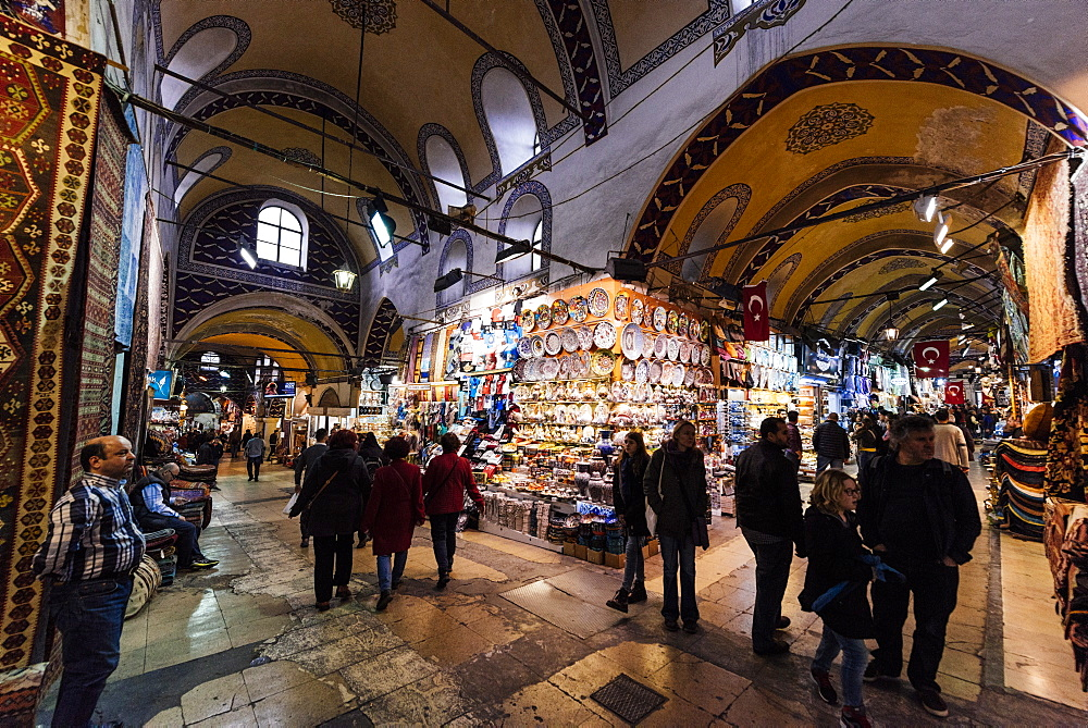 Interior of Grand Bazaar (Kapali Carsi), Istanbul, Turkey, Europe