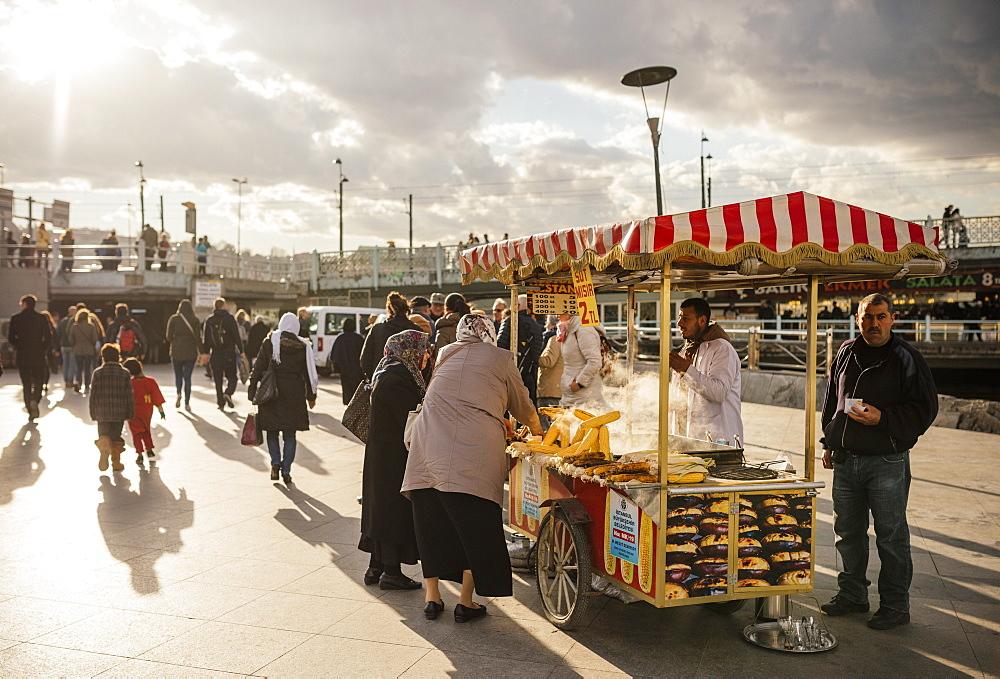 Food Stall selling corn, Istanbul, Turkey, Europe