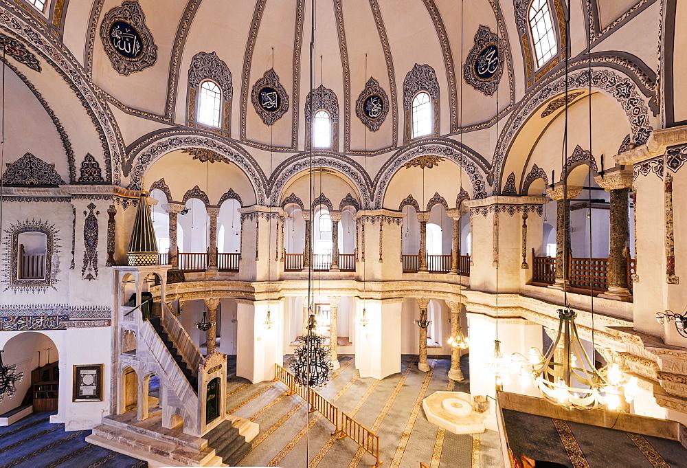Interior of Little Aya Sofya Mosque (Kucuk Ayasofya Camii), Sultanahmet, Istanbul, Turkey, Europe