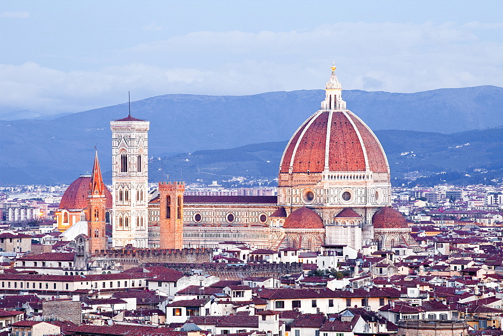 The view from Piazzale Michelangelo over to the historic city of Florence with the dome of Basilica di Santa Maria del Fiore (Duomo) lit up, Florence, UNESCO World Heritage Site, Tuscany, Italy, Europe