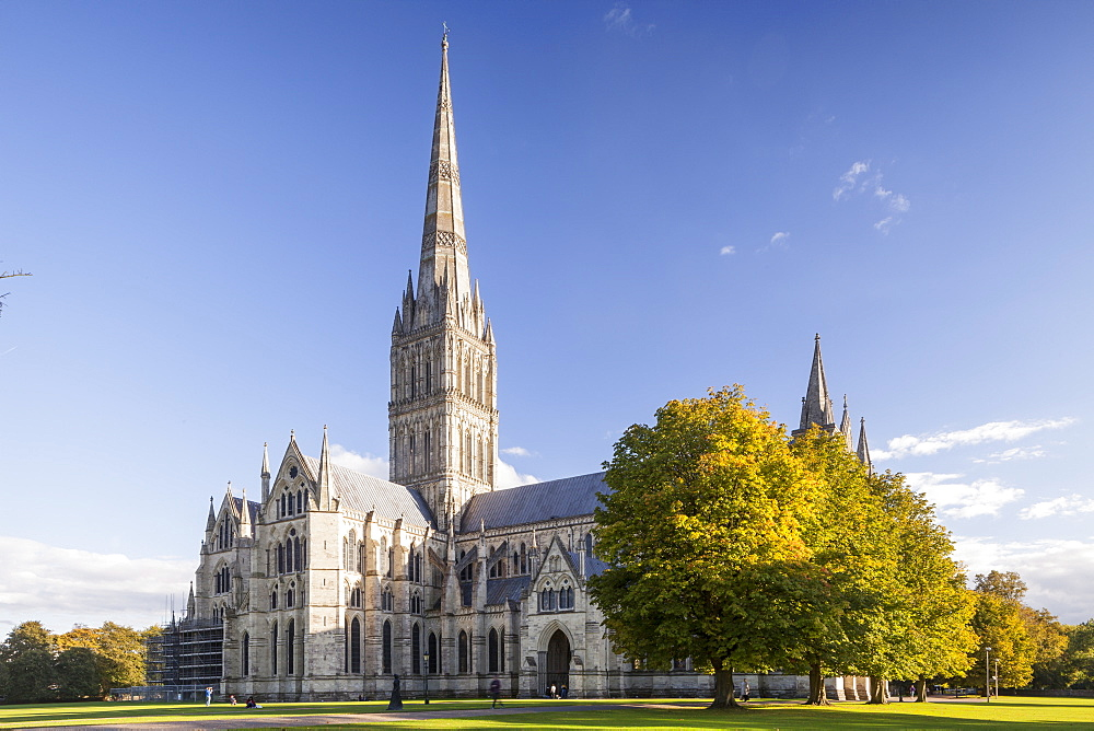 Salisbury Cathedral, built in the 13th century in the gothic style, has the tallest spire in the United Kingdom, Salisbury, Wiltshire, England, United Kingdom, Europe