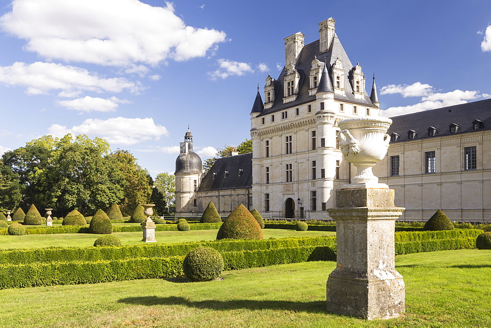 Chateau de Valencay, dating from 1540, Loire Valley, Indre, France, Europe