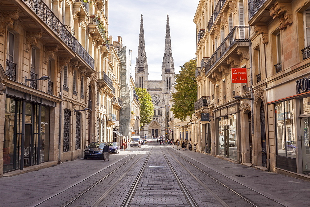 Looking down rue Vital Carles to Saint Andre cathedral in Bordeaux, Aquitaine, France, Europe