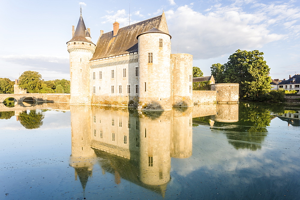The Chateau de Sully-sur-Loire, seat of the Duke de Sully, Loiret, France, Europe - 849-1684
