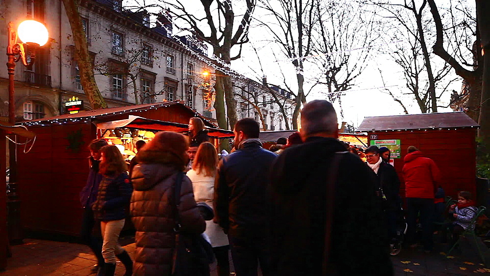Christmas market scenes, Tours, Indre-et-Loire, Centre, France, Europe - 849-1711