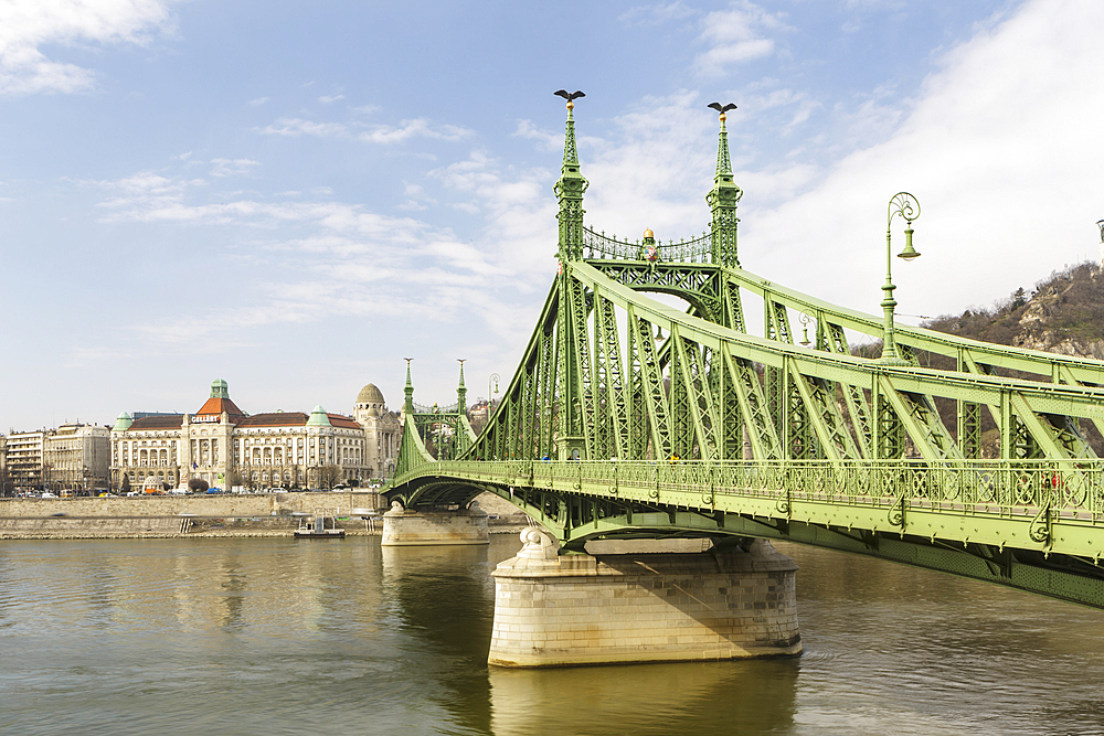 Szabadsag Hid (Liberty Bridge) (Freedom Bridge), designed in art nouveau at the end of the 19th century, Budapest, Hungary, Europe - 849-1971