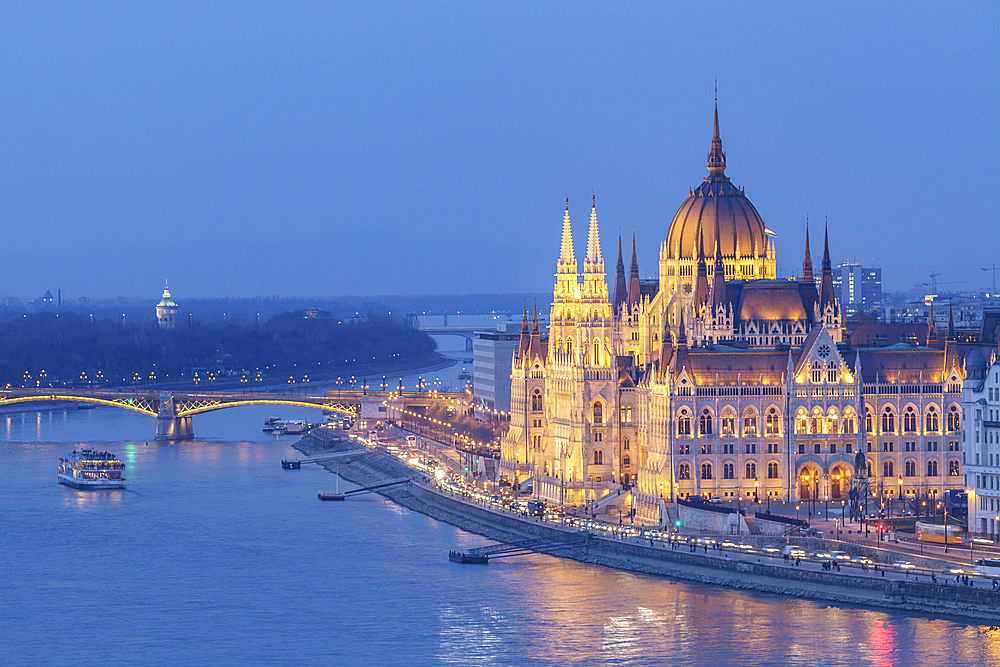 Sitting on the banks of the River Danube, the Hungarian Parliament Building dates from the late 19th century, UNESCO World Heritage Site, Budapest, Hungary, Europe