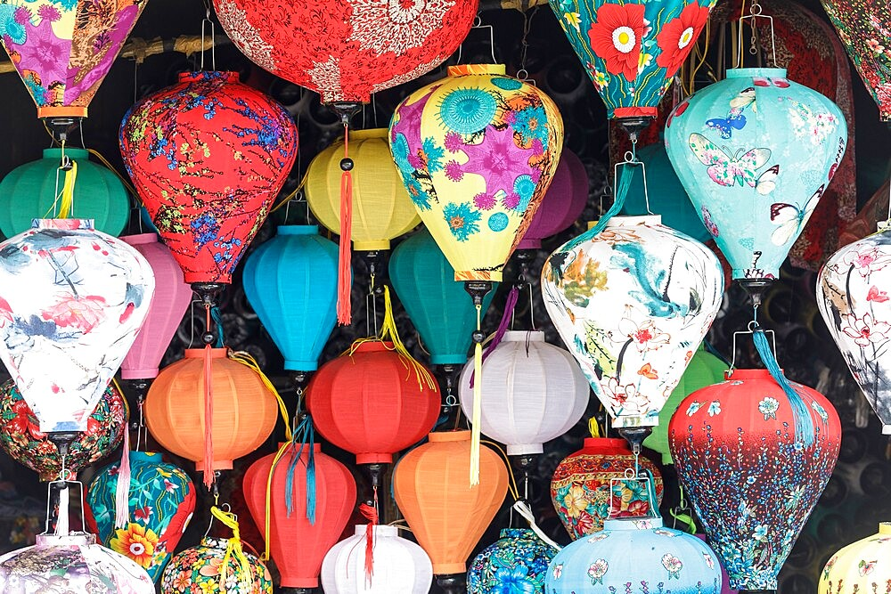 Colorful lanterns on sale in the old town of Hoi An, Vietnam, Indochina, Southeast Asia, Asia - 849-2015