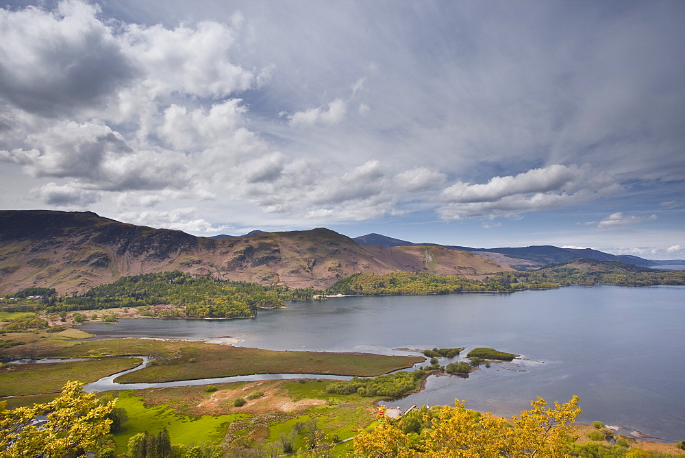 Derwent Water and the surrounding fells in the Lake District National Park, Cumbria, England, United Kingdom, Europe
