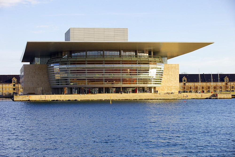 Copenhagen's Opera House by architect Henning Larsen, Copenhagen, Denmark, Scandinavia, Europe