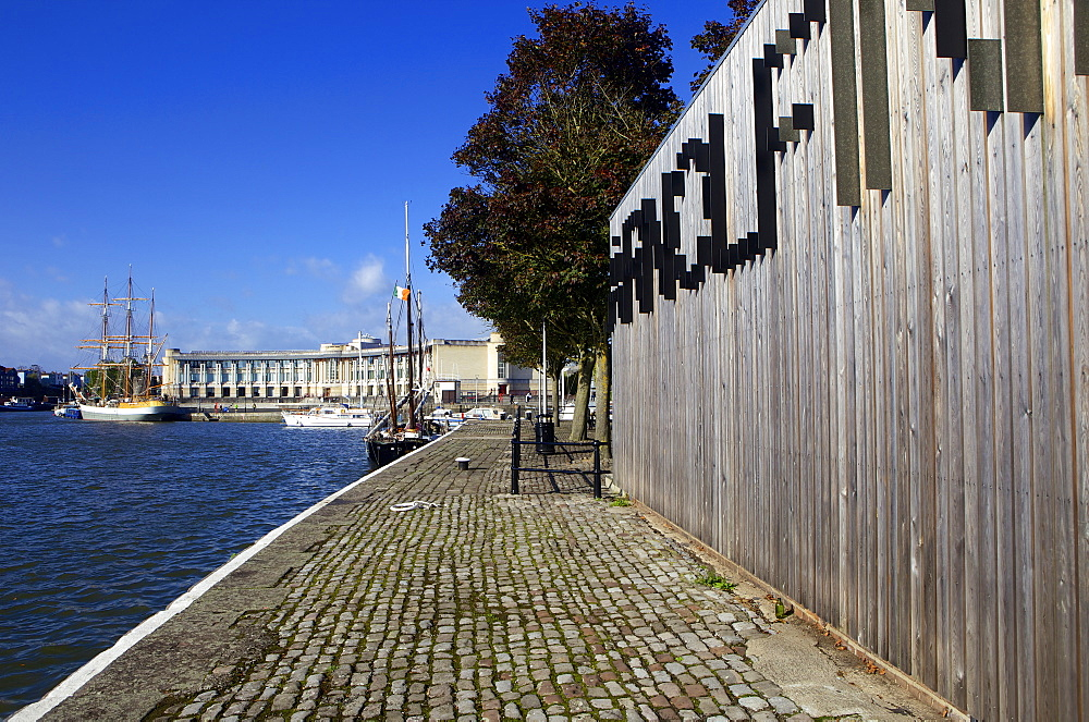 Harbourside and Arnolfini Arts Gallery on a sunny day, Bristol, England, United Kingdom, Europe - 851-578