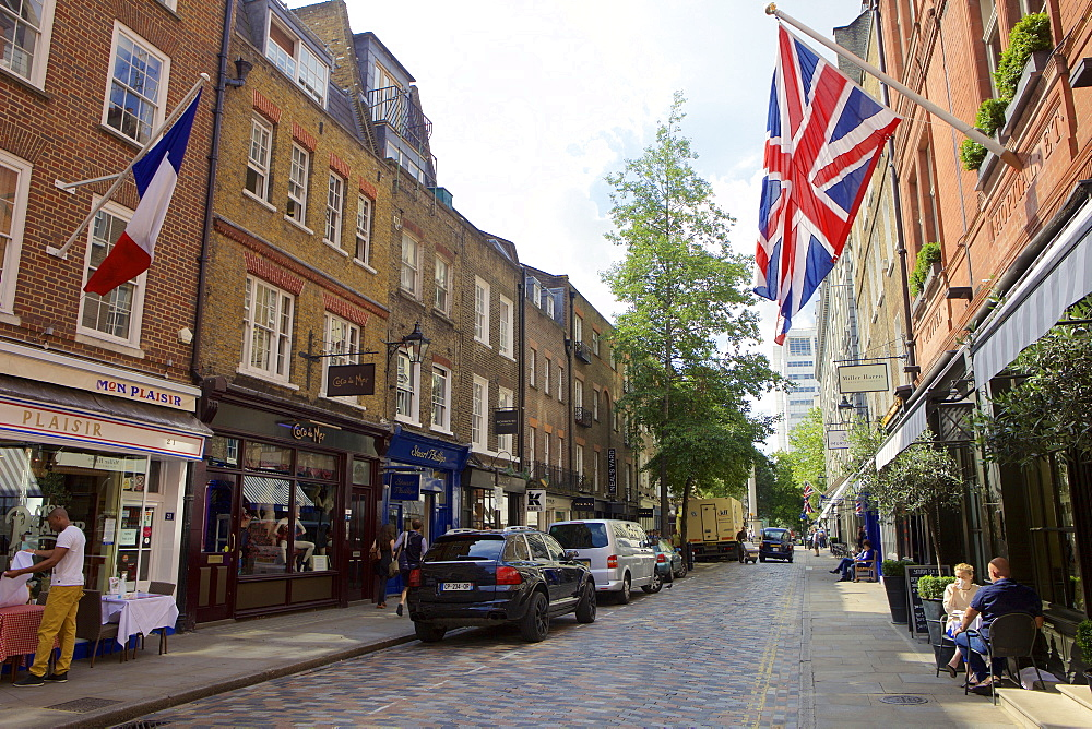 Monmouth Street near Seven Dials in Covent Garden, London, England, United Kingdom, Europe - 851-609
