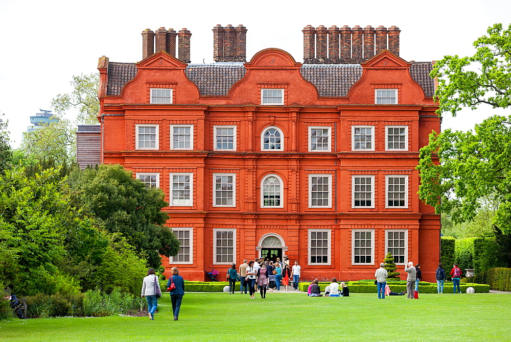 Kew Palace, also known as The Dutch House, a British Royal Palace in Kew Gardens, UNESCO World Heritage Site, Kew, Greater London, England, United Kingdom, Europe - 851-628