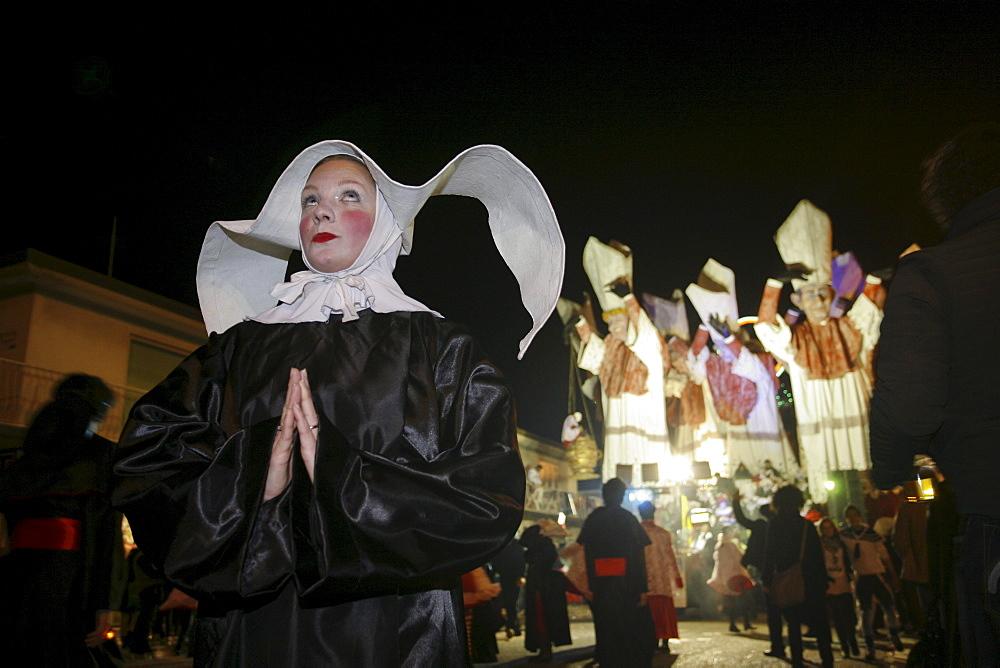 Masks during the Carnival of Viareggio. - 857-48840