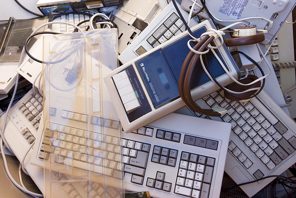 Home electronics collection day in Stamford, Connecticut is sponsored by Connecticut Resources Recovery Authority (CRRA). Local residents can bring in old electronics for free collection. The equipment is sent to Amandi who pays about 20 cents a pound to recycle the electronics. - 857-66624