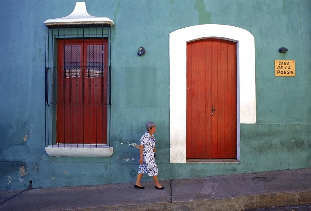 Street scene in Ciudad Bolivar, Venezuela