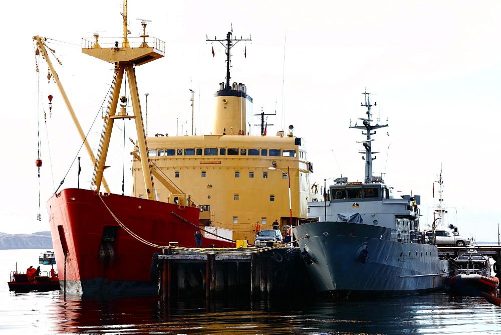 "Navy ships PSG-78 Piloto ""Sibbald"" and the icebreaker AP-46 ""Almirante Ã""scar Viel"" tied to the Armada de Chle dock in Puerto WIlliams. Isla Navarino - Chile."
