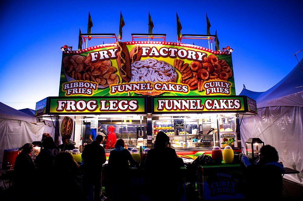 People line up to buy funnel cakes at Hot Air Ballon Festival in Albuquerque, NM.