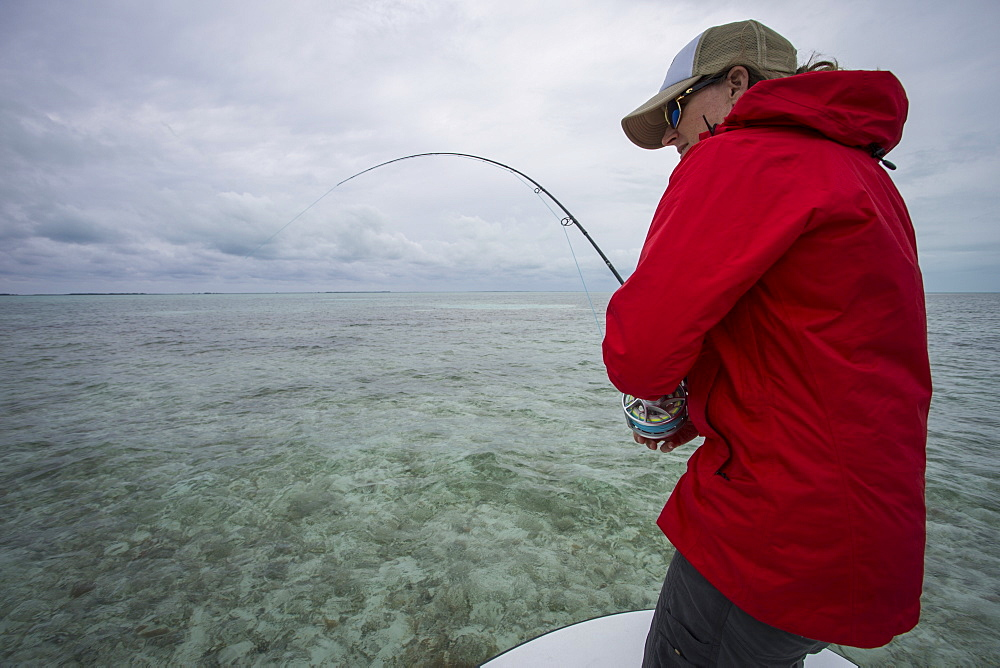 A woman explores the Cayo Largo and Cayo Cruz fisheries. Cuba, January 2016.