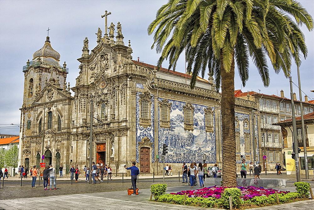 Carmo (Carmen) Church, Porto, Douro Litoral, Portugal